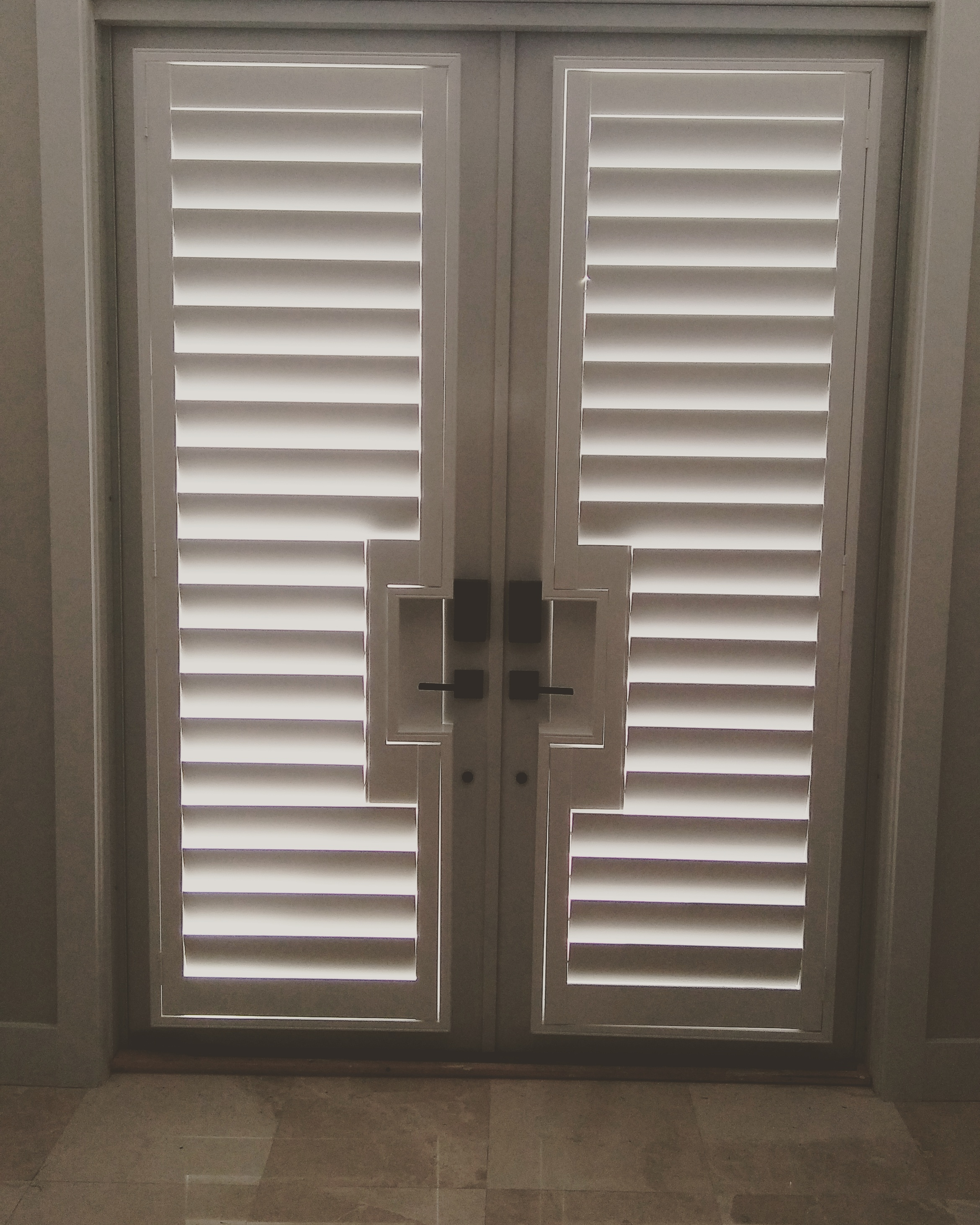 Shutters Shoppers Drapes And Blinds